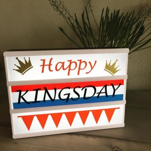 lightboxstroken -happy kingsday